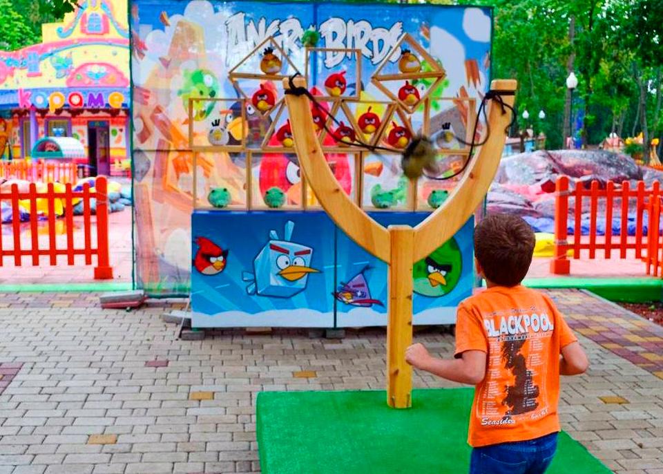 Аттракцион Рогатка Angry Birds — изготовление и монтаж оборудования
