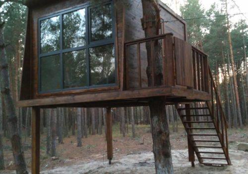 Строительство домика на дереве в парке Goodlife Park (г. Вышгород, Киевская область)