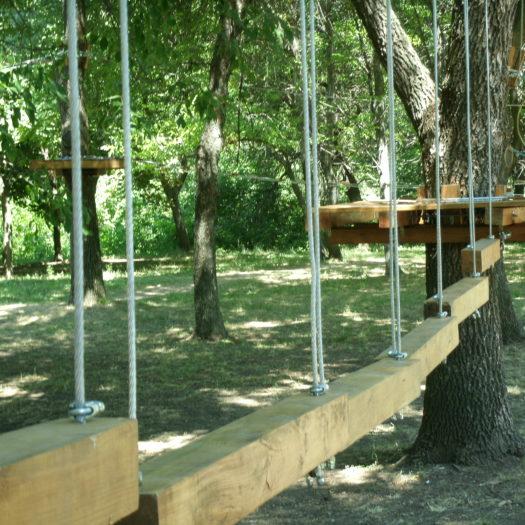 Строительство веревочного парка в парке Юбилейный, г. Краматорск