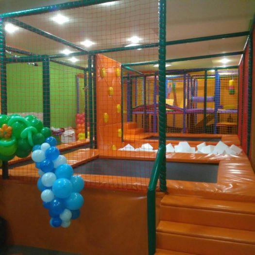 Оборудование батутной арены в Покровске