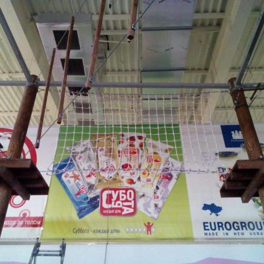 Строительство детского веревочного комплекса на искусственных опорах в пос. Белгород-Днестровский, август 2019