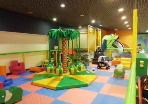 Строительство детского развлекательного комплекса с батутной ареной, горкой и поролоновой ямой в г.Сумы, ТРЦ «Лавина»