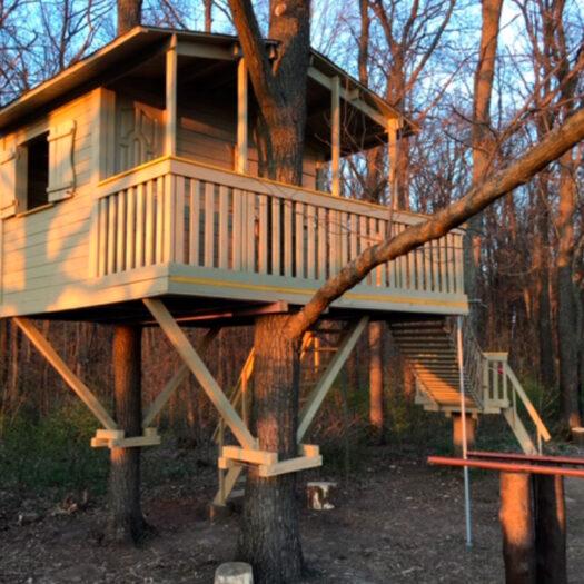 Строительство домика на дереве и беседок в комплексе для отдыха Харьков