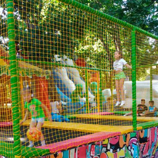 Строительство паркового батута в Харькове летом 2020