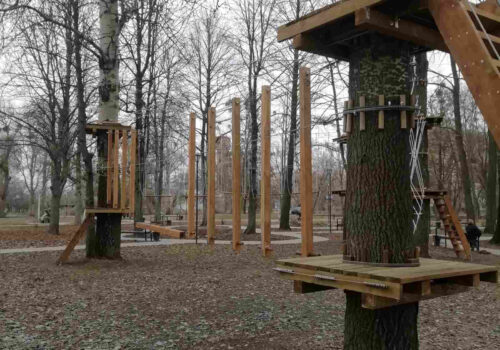 Строительство верёвочного парка в городском парке в г. Ахтырка